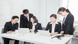改善企业经营管理:公司审计对于企业发展具有重要意义