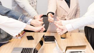 具备专业服务优势:知名审计公司更值得企业信赖和选择